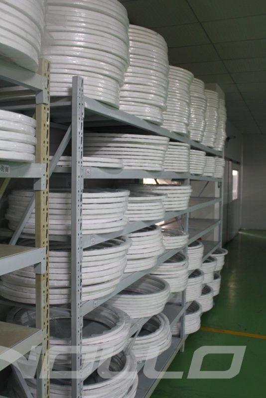 Při formování ráfku se používá patentované EPS jádro, které je po upečení ráfku odstraněno.