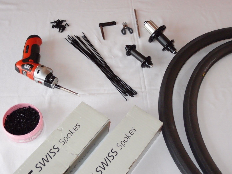 Příprava všech komponent pro kola Spinollo.